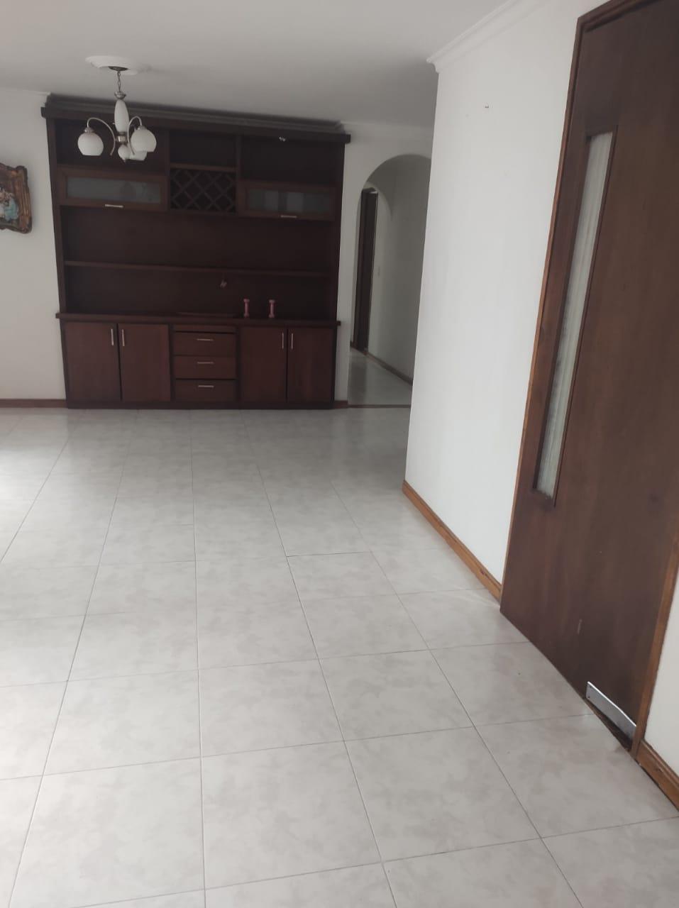 Apartamento Torres de Compostela   Loma de los Bernal   Arrendamiento